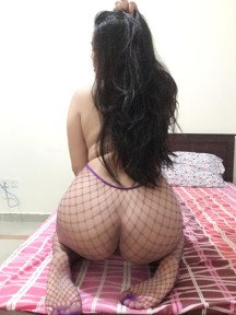 HOT BOOTY CURVY SEX ANAL SEX MARRY